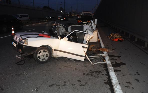Kocaeli'de otobüsle otomobil çarpıştı: 2 ölü, 1 yaralı