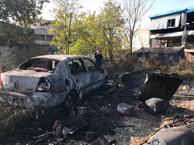 Bursa'da boya fabrikası patladı olay yerinden görüntüler
