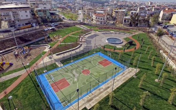 İzmir'deki parkın adına bakın ünlü saz ustası unutulmadı