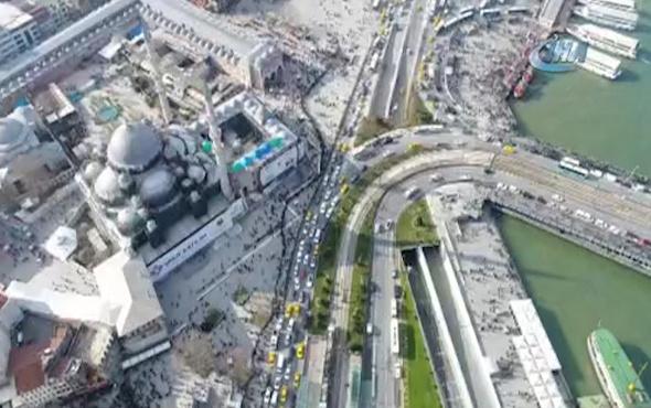 Galata Köprüsü'ne kadar uzanan 61 Milyonluk kuyruk havadan görüntülendi