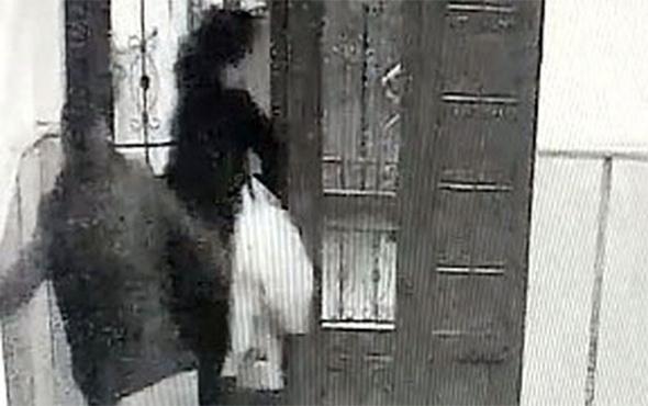 Arkadaşını kendi karısına satırla saldırttı!