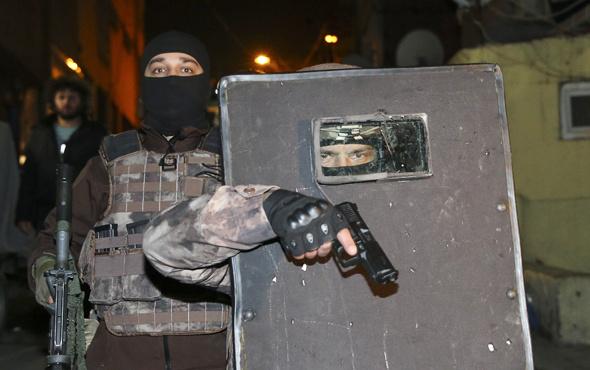 Muğla'da 3 üniversiteli uyuşturucudan tutuklandı