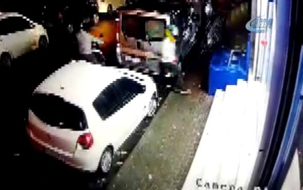 Kağıthane'de polisle hırsız arasında çatışma çıktı: 1 polis yaralandı
