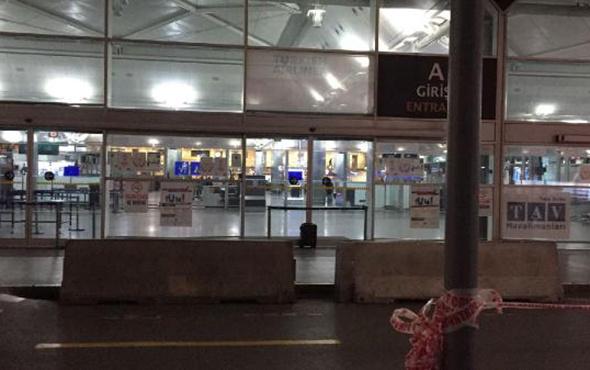 Atatürk Havalimanı'nda alarm! Şüpheli çanta fünye ile...
