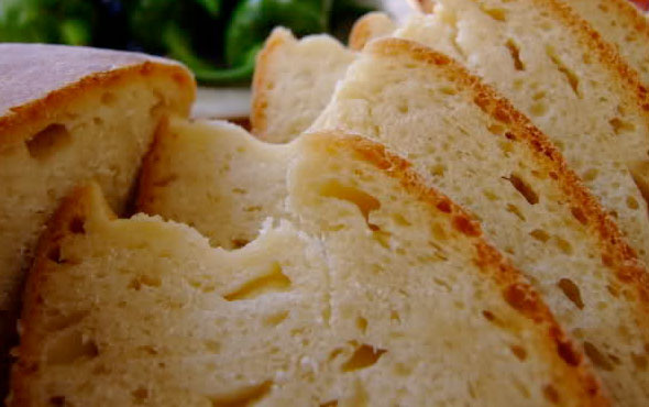 Yediği ekmek öldürdü feci olay!