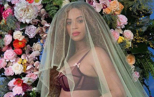 Beyonce müjdeyi verdi İnstagram'da rekor kırdı