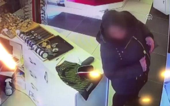 Saat hırsızlığı güvenlik kamerasına yansıdı