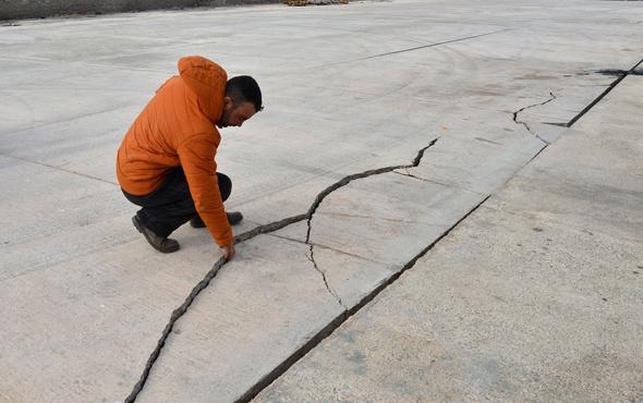 Çanakkale'de neler oluyor! Kandilli'den deprem açıklaması