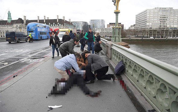 İngiltere Parlamentosu'na silahlı saldırı