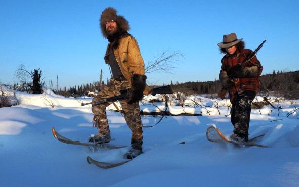 Alaska'da tek başına yaşayan aile görüntülendi