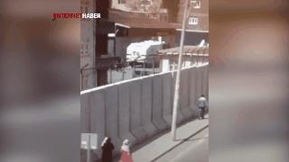 Diyarbakır'da patlama anı! İlk görüntüler