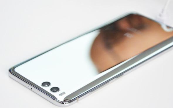 İPhone ve Samsung tarihe mi gömecek?  Olay cep telefonu