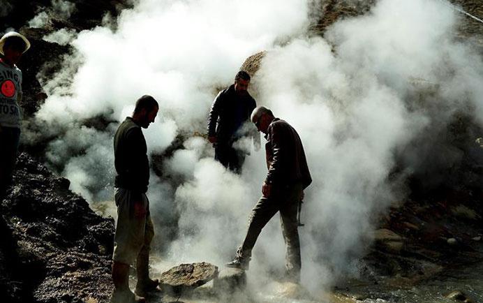 Van'da jeotermal patlama! Halk sokağa döküldü...