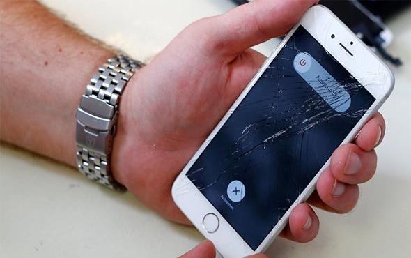 Kullanıcıların cihazlarını bozduğu iddiasıyla Apple'a dava açtı