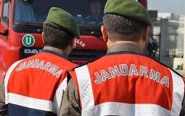 DHKP-C üyesi 4 kişi TIR'ın dorsesinde yakalandı