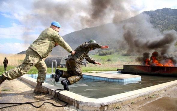 Dünyanın en zorlu askeri eğitimi böyle tatbikat görülmedi!