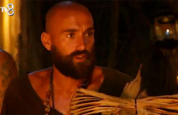 Survivor'dan elendi pot kırdı! Anıl'ın ağzından kaçan söz