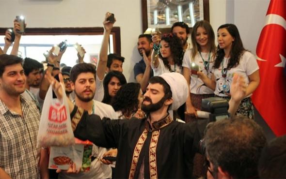 Ankara Üniversitesi'nde rezalet gösteri