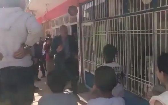 Bakan Soylu, Beytüşşebap'ta çocuklarla top oynadı