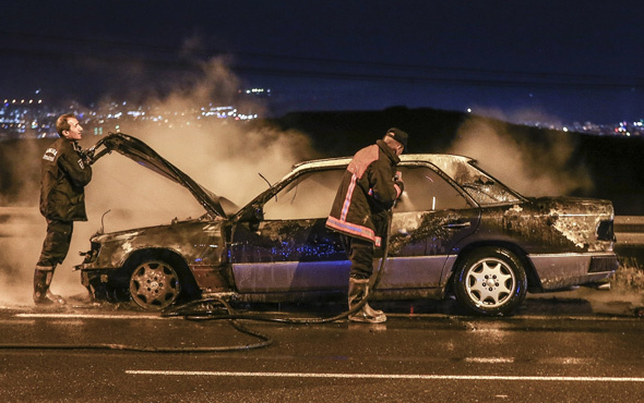 Seyir halindeyken aracı yanmaya başladı