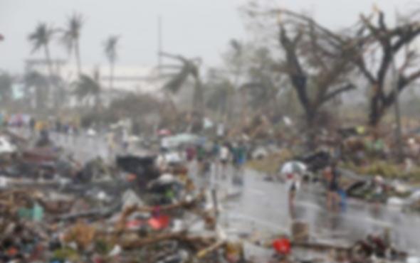 Fırtına can aldı onlarca ölü var