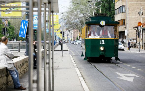 """""""Nostaljik"""" tramvay, Saraybosna sokaklarında"""