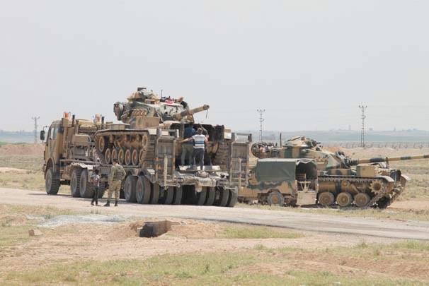 Suriye sınırında hareketlilik tanklar namlularını Telabyad'a çevirdi