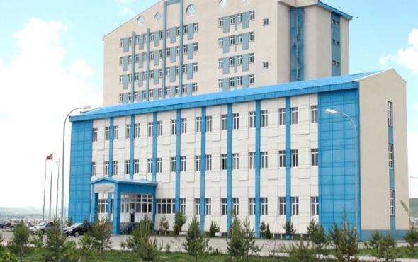 Kafkas Üniversitesi'nden kumpas iddialarıyla ilgili açıklama