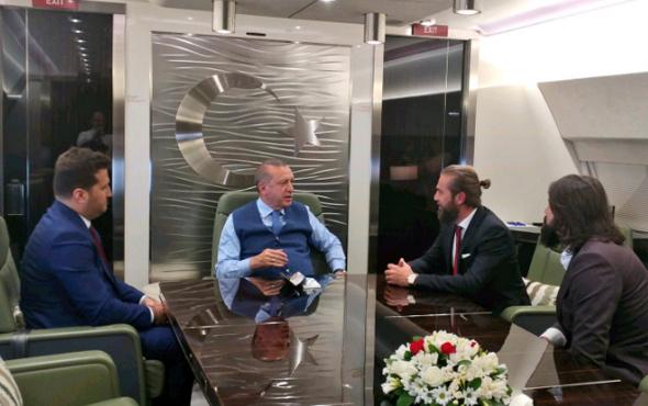 Diriliş ekibi Erdoğan'ın uçağında!