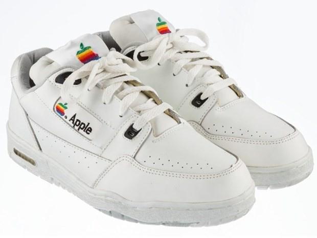 Apple ayakkabısı 30 bin dolar!