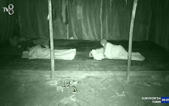 Adem uykusunda konuştu! Sabriye şaşırdı kaldı