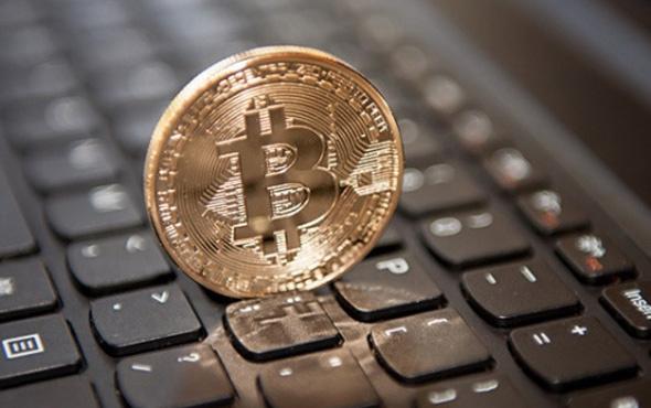 Bitcoin yüzde 30'dan fazla düştü