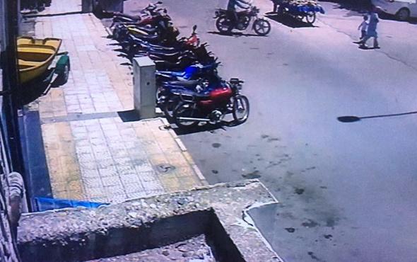 Motosiklet hırsızları güvenlik kamerasına böyle yakalandı!