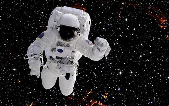 NASA'ya 12 yeni astronot seçildi