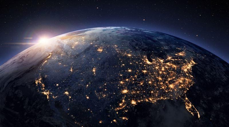 'Tanrı yok, dünya uzaylıların ürettiği hologram' insanlığı sarsacak!
