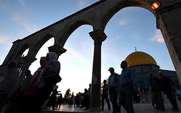 Mescid-i Aksa'nın İsrail tarafından ibadete kapatılmasına tepkiler