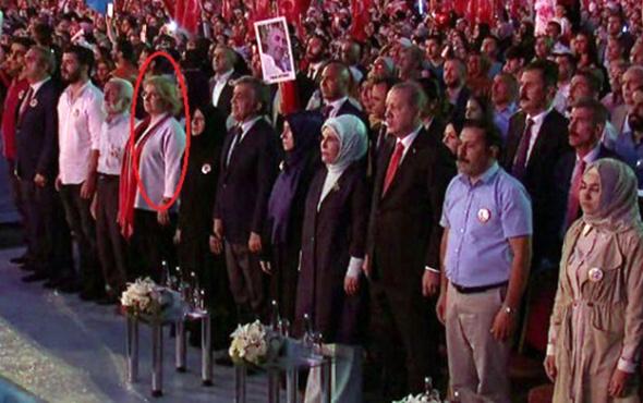 Anma töreninde Erdoğan'ın yanında sürpriz isimler