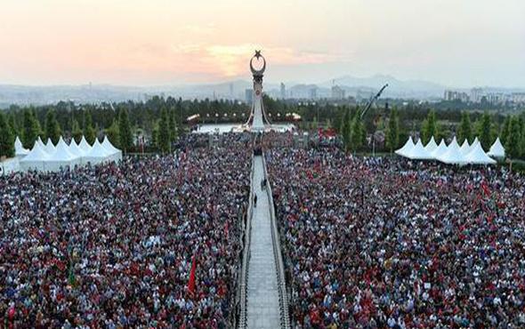 Erdoğan şehitler abidesini açtı vatandaşlar akın etti