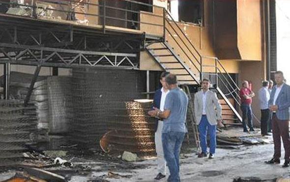 Babasının fabrikasını ateşe verip yaktı