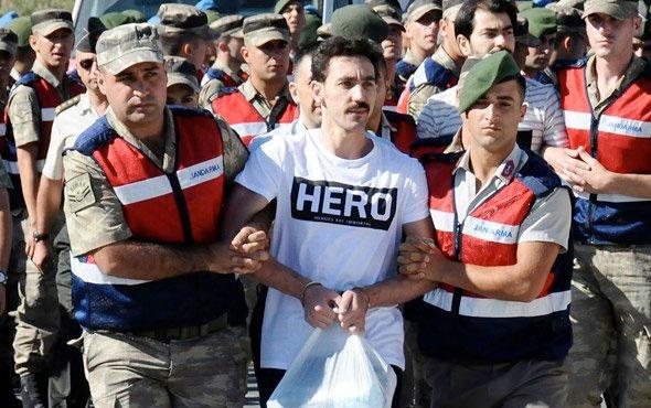 FETÖ'cü Gökhan Güçlü'ye 'Hero' tişörtünü bakın kim göndermiş