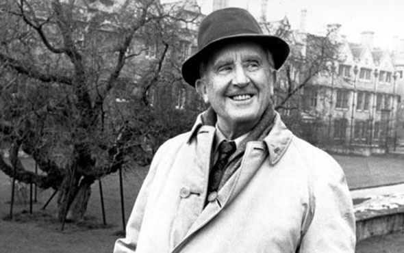 'Yüzüklerin Efendisi'nin yazarı Tolkien film olacak