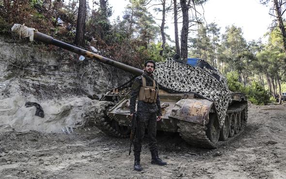 83 şarapnel parçasıyla yaşayan Türkmen komutan konuştu