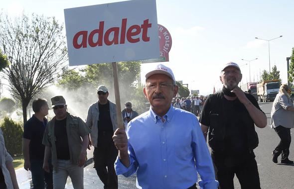 CHP'li üç belediyenin yaptığına bakın adalet mi bu şimdi?