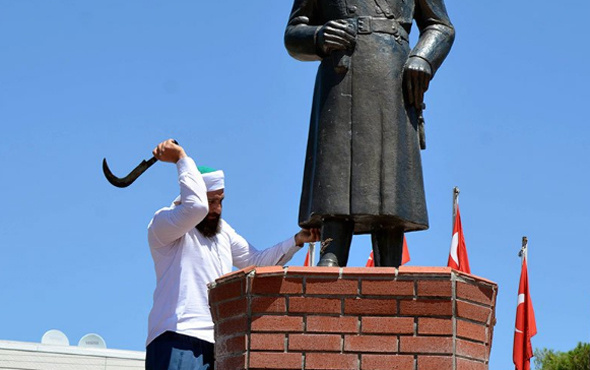 Atatürk heykeline dinci saldırı provokasyon mu işte açıklamalar