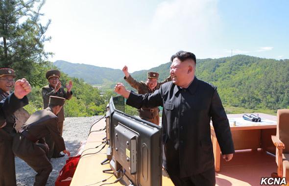 Kim Jong dünyayı çıldırttı! Bu adamın akıllı işi yok mu!