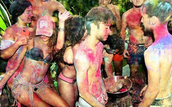 Tatil beldelerindeki rengarenk eğlence