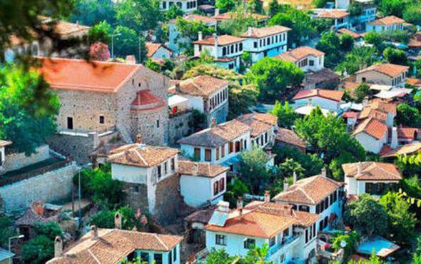 Türkiye'nin dünyaca ünlü köyünde yıkım başladı!