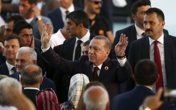Erdoğan'dan AK Partililere 2019 hedefi