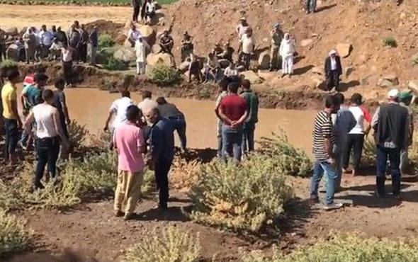 Tahliye kanalında yüzen 3 çocuk hayatını kaybetti
