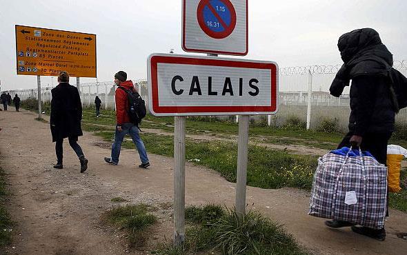 Calais'deki sığınmacılar için mahkeme kararıyla tuvalet